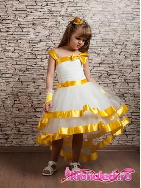 Детское короткое платье со шлейфом